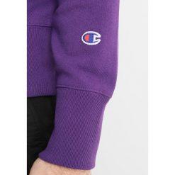 Champion Reverse Weave CREWNECK  Bluza purple. Fioletowe kardigany męskie Champion Reverse Weave, m, z bawełny. Za 379,00 zł.