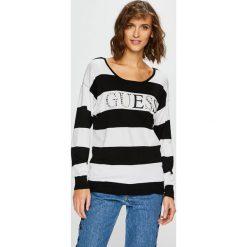 Guess Jeans - Sweter Guia. Szare swetry klasyczne damskie Guess Jeans, s, z dzianiny, z okrągłym kołnierzem. Za 319,90 zł.
