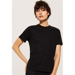 Gładki t-shirt - Czarny. Czarne t-shirty damskie marki House, l. Za 35,99 zł.