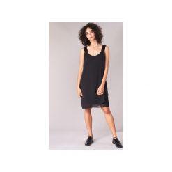 Sukienki krótkie Naf Naf  KLOE. Czarne sukienki hiszpanki NAF NAF, l, z krótkim rękawem, mini. Za 231,20 zł.