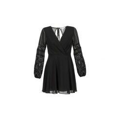 Sukienki krótkie BCBGeneration  ALIX. Sukienki małe czarne marki BCBGeneration, z krótkim rękawem. Za 559,20 zł.