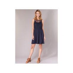Sukienki krótkie Vero Moda  VMDAGA. Niebieskie sukienki mini Vero Moda, l, z krótkim rękawem. Za 103,20 zł.