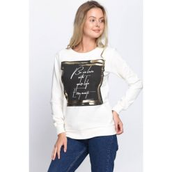Kremowa Bluza Be In Love. Białe bluzy damskie Born2be, na jesień, xl. Za 39,99 zł.