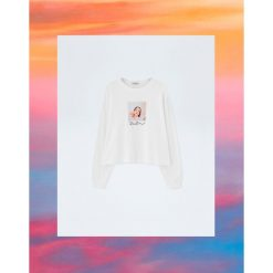 Koszulka z długim rękawem Pull&Bear by Rosalía. Niebieskie t-shirty damskie marki Pull&Bear. Za 69,90 zł.
