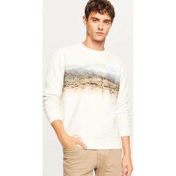 Bluza z górzystym nadrukiem - Kremowy. Białe bluzy męskie rozpinane Reserved, l, z nadrukiem. Za 69,99 zł.