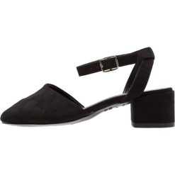 New Look 915 Generation RAYNA Sandały black. Czarne sandały dziewczęce New Look 915 Generation, z materiału. Za 129,00 zł.