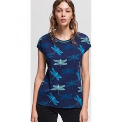 T-shirt we wzory - Niebieski. Niebieskie t-shirty damskie Reserved, l. Za 39,99 zł.