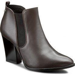 Botki SERGIO BARDI - Maura FW127279217MP  109. Brązowe buty zimowe damskie Sergio Bardi, z gumy, klasyczne, ze szpiczastym noskiem. W wyprzedaży za 229,00 zł.