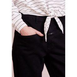 Club Monaco JESSOMYN TOP Bluza white/black. Białe bluzy damskie Club Monaco, z elastanu. Za 379,00 zł.