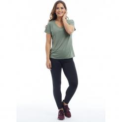 """Koszulka funkcyjna """"Audrey"""" w kolorze khaki. Brązowe t-shirty damskie BALANCE COLLECTION, s, z materiału. W wyprzedaży za 65,95 zł."""