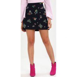 Spódniczki: Oasis FLORAL EMBROIDERED Spódnica ołówkowa  multi