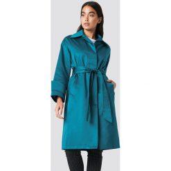 NA-KD Błyszczący płaszcz - Green,Blue. Niebieskie płaszcze damskie NA-KD, w paski. Za 283,95 zł.