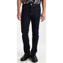 New Look RINSE Jeansy Slim Fit mid blue. Czarne jeansy męskie marki New Look, z materiału, na obcasie. Za 129,00 zł.