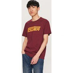 T-shirty męskie: T-shirt z nadrukiem power – Fioletowy