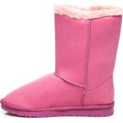 Buty zimowe damskie: MUKLUKI Z GUZIKIEM