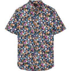 Koszula z krótkim rękawem bonprix ciemnoniebieski z nadrukiem. Niebieskie koszule męskie na spinki bonprix, l, z nadrukiem, z krótkim rękawem. Za 89,99 zł.