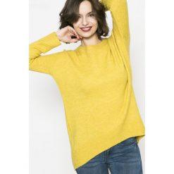 Swetry klasyczne damskie: Medicine – Sweter Basic