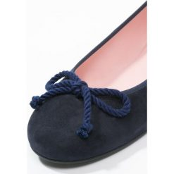 Pretty Ballerinas Baleriny navy/blue. Czarne baleriny damskie marki Pretty Ballerinas. Za 539,00 zł.