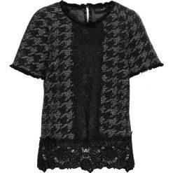 Bluzka bonprix czarno-jasnoszaro-biały. Czarne bluzki asymetryczne bonprix, z koronki, eleganckie, z krótkim rękawem. Za 109,99 zł.
