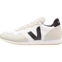 Veja Tenisówki i Trampki white/natural/black. Białe tenisówki damskie marki Veja, z kauczuku. Za 419,00 zł.
