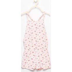 Kombinezony dziewczęce: Piżama kombinezon w kwiatki – Różowy
