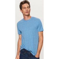 T-shirty męskie: Gładki t-shirt basic - Niebieski