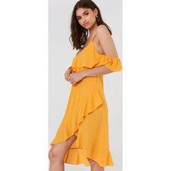 FAYT Sukienka Heath - Yellow. Żółte sukienki z falbanami marki FAYT, z tkaniny. Za 206,95 zł.