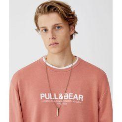 Bluza basic z logo. Czerwone bluzy męskie rozpinane Pull&Bear, m. Za 59,90 zł.