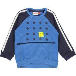 """Bluza """"Sander 603"""" w kolorze niebieskim. Niebieskie bluzy niemowlęce LEGO Wear, z aplikacjami. W wyprzedaży za 72,95 zł."""
