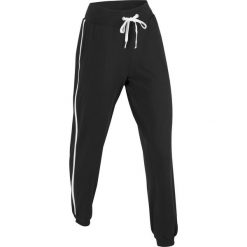 Spodnie sportowe, długie, Level 1 bonprix czarny. Czarne bryczesy damskie bonprix, w paski. Za 74,99 zł.