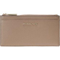 MICHAEL Michael Kors MONEY PIECES SLIM CARD CASE Portfel truffle. Brązowe portfele damskie marki MICHAEL Michael Kors. Za 359,00 zł.