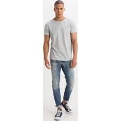 Scotch & Soda SKIM RIGHT HERE RIGHT NOW Jeansy Slim Fit blue denim. Niebieskie jeansy męskie relaxed fit Scotch & Soda, z bawełny. Za 549,00 zł.