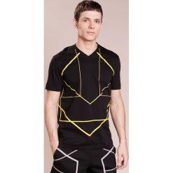 T-shirty męskie: Neil Barrett BLACKBARRETT SYMMETRIC LINES  Tshirt z nadrukiem black/yellow