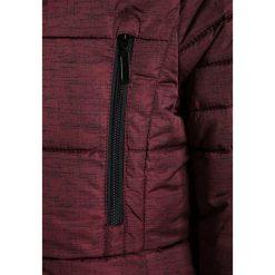 S.Oliver RED LABEL Płaszcz zimowy bordeaux. Czerwone kurtki chłopięce marki s.Oliver RED LABEL, na zimę, z materiału. W wyprzedaży za 255,20 zł.