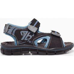 Primigi - Sandały dziecięce. Brązowe sandały chłopięce Primigi, z materiału. W wyprzedaży za 139,90 zł.