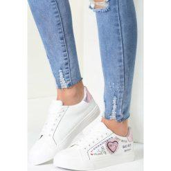 Biało-Różowe Buty Sportowe Never Walk Alone. Białe buty sportowe damskie vices. Za 79,99 zł.