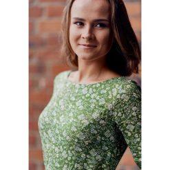 Sukienki: Sukienka Melia zielona w kwiatki (petite) 32