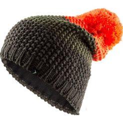 Czapka męska CAM601 - głęboka czerń  melanż - Outhorn. Czarne czapki zimowe męskie Outhorn, z polaru. Za 29,99 zł.