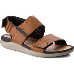 Sandały CLARKS - Garratt Active 261324307 Tan Leather. Brązowe sandały męskie skórzane Clarks. W wyprzedaży za 229,00 zł.