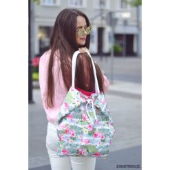 Kolorowa pojemna torba we flamingi. Szare torby plażowe marki Pakamera, w kolorowe wzory, z bawełny, duże. Za 80,00 zł.