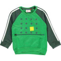 """Bluza """"Sander 603"""" w kolorze zielonym. Zielone bluzy niemowlęce LEGO Wear, z aplikacjami. W wyprzedaży za 72,95 zł."""