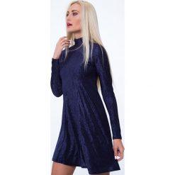 Sukienka prążkowana granatowa MP62071. Niebieskie sukienki Fasardi, l, prążkowane. Za 59,00 zł.