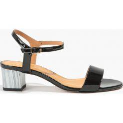 Sandały czarne. Czarne rzymianki damskie Badura. Za 149,99 zł.