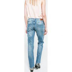 Pepe Jeans - Jeansy. Niebieskie boyfriendy damskie Pepe Jeans. W wyprzedaży za 269,90 zł.