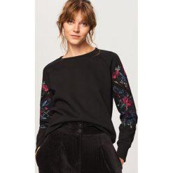 Bluza z ozdobnymi rękawami - Czarny. Czarne bluzy damskie Reserved, l. Za 99,99 zł.