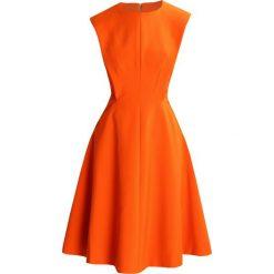 Sukienki hiszpanki: Karen Millen SCULPTURED TAILORED  Sukienka letnia orange