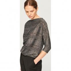 Sweter z błyszczącą nitką - Czarny. Czarne swetry klasyczne damskie marki Reserved. Za 99,99 zł.