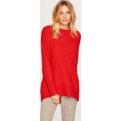Sweter oversize - Czerwony. Białe swetry oversize damskie marki Reserved, l, z dzianiny. Za 79,99 zł.