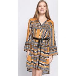 Sukienki: Camelowa Sukienka Commendable