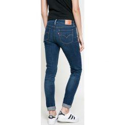 Levi's - Jeansy. Brązowe jeansy damskie marki Levi's®, z bawełny, z podwyższonym stanem. W wyprzedaży za 299,90 zł.